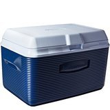 Rubbermaid 34 Quart Victory Cooler